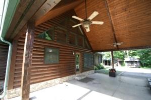 Log Home Caulking and Staining